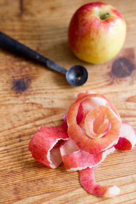 gepocheerde appels met steranijs