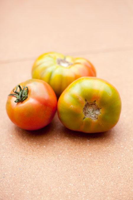 ensalada de tomates con perejil