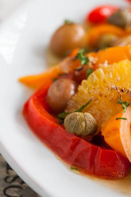 Ensalada de pimientos asados con naranjas