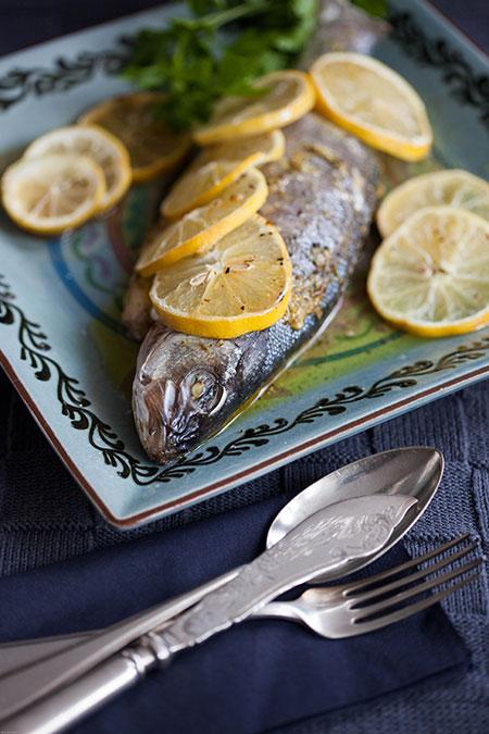 lubina al horno con limón