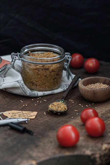 Mostaza de tomate (tomaten mosterd)