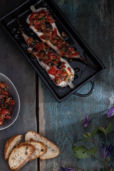 Cola de rape con salsa mediterránea (zeeduivel staart met mediteraanse saus)