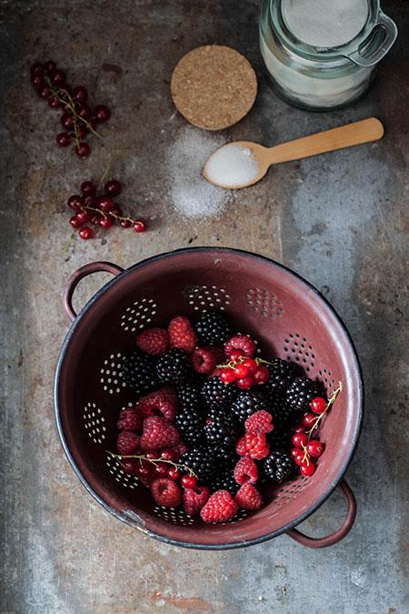 Sorbete de frutos rojos al vino tinto (sorbet van rode vruchten en rode wijn)