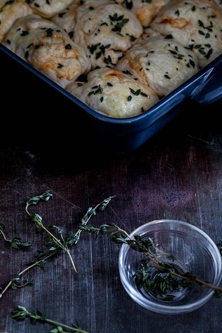 Pan de chorizo, tomillo y ajo (chorizo brood met tijm en knoflook)