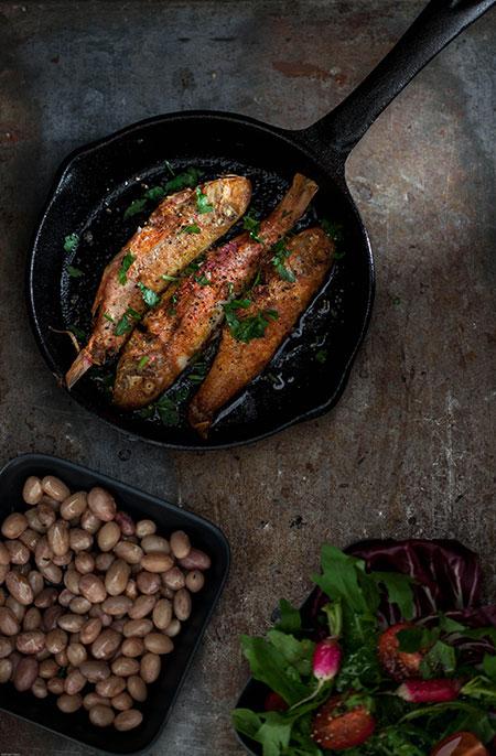 Salmonetes a la plancha (gebakken rode mul)