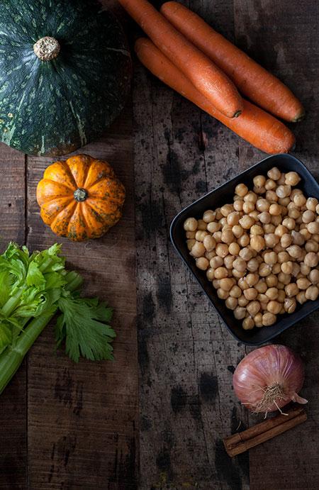 Sopa de calabaza, garbanzos y zanahoria (pompoensoep met kikkererwten en wortel)
