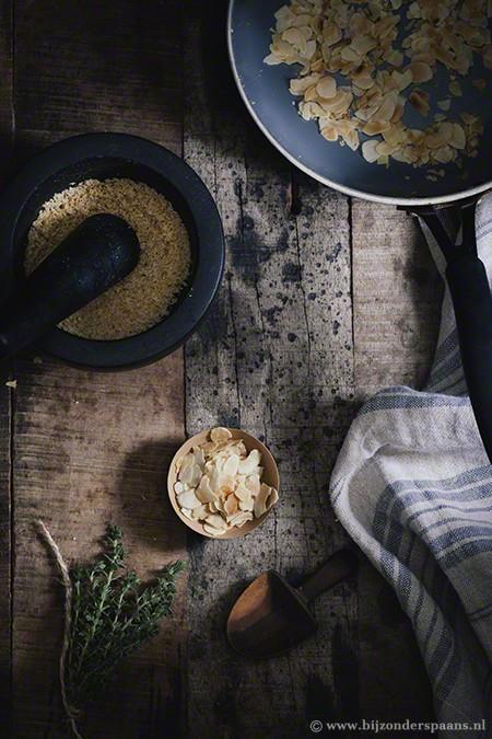 Uiensoep met saffraan en tijm