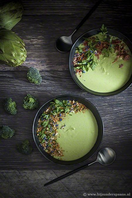 Broccoli soep met boerenkool en artisjokken