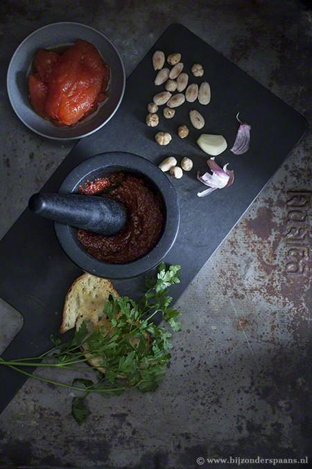 Romesco saus met jonge prei
