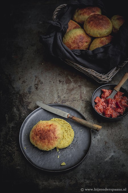 Saffraan broodjes