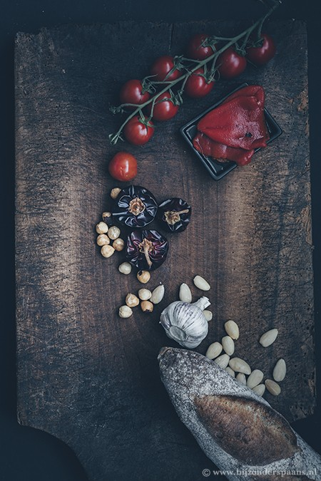 Tuinbonen met romesco saus