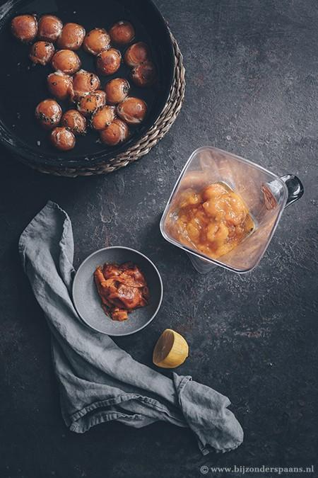 Abrikozen sorbet met amandelkoekjes
